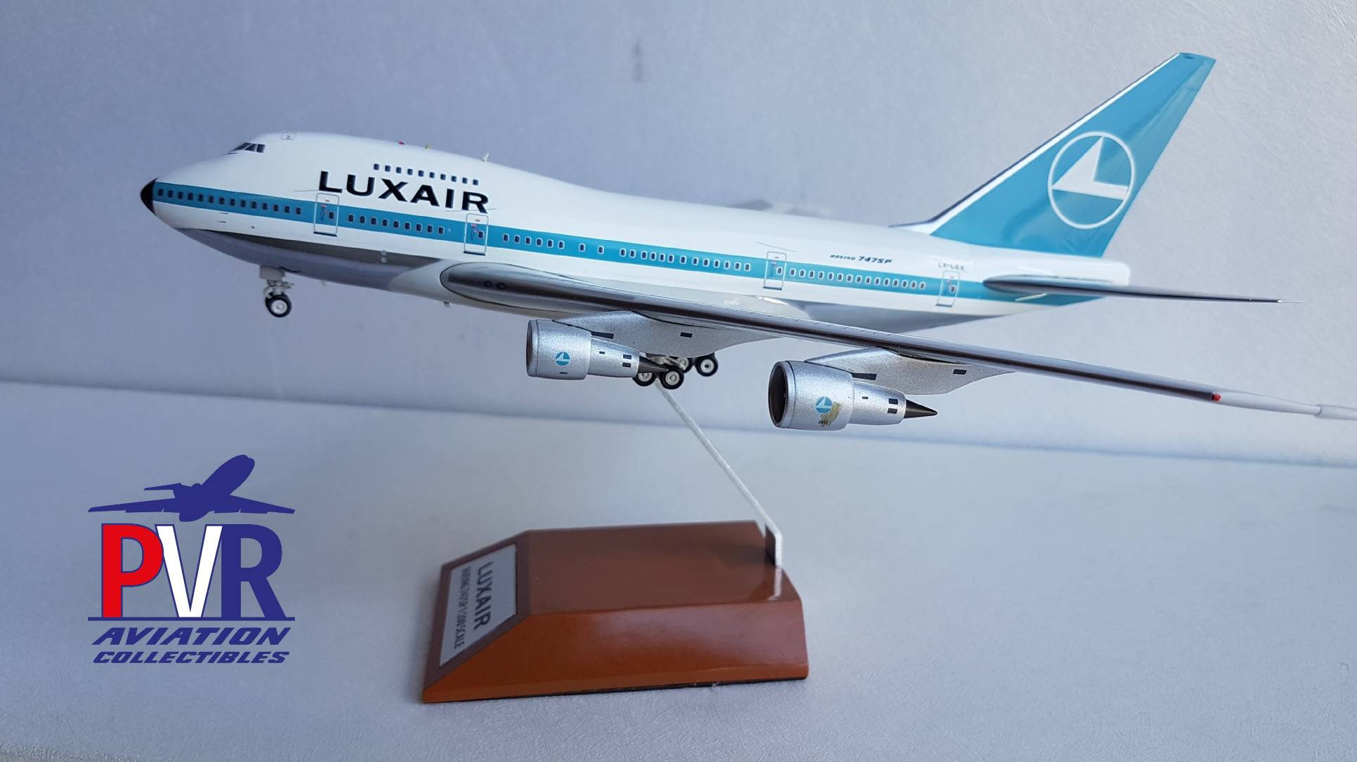 INFLIGHT200 BOEING 747SP LUXAIR POLISHED IF747SP0516P €110.00