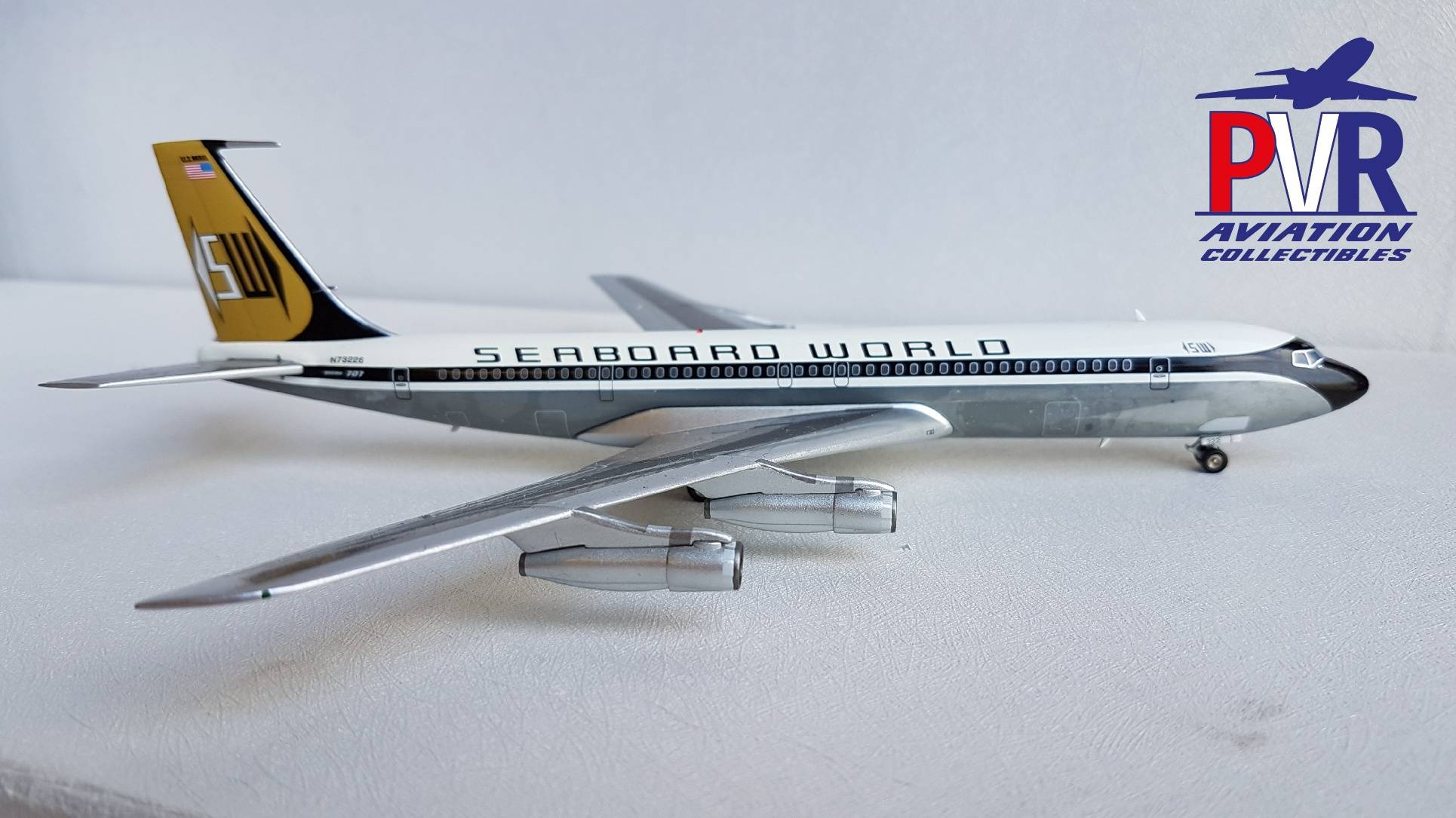BBOX200 Boeing 707-345C Seaboard World (Polished) €70